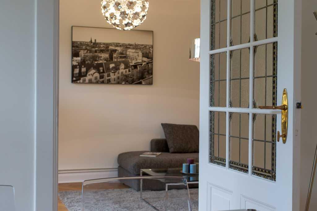 Wohnzimmer in Altbauwohnung Berlin